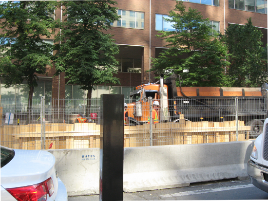 Construction in Downtown Montreal - 550x413